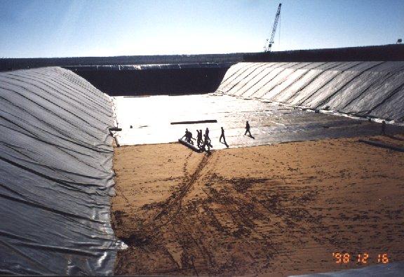 Landfills Lining Systems Bmc Gulf Dubai Abu Dhabi Uae